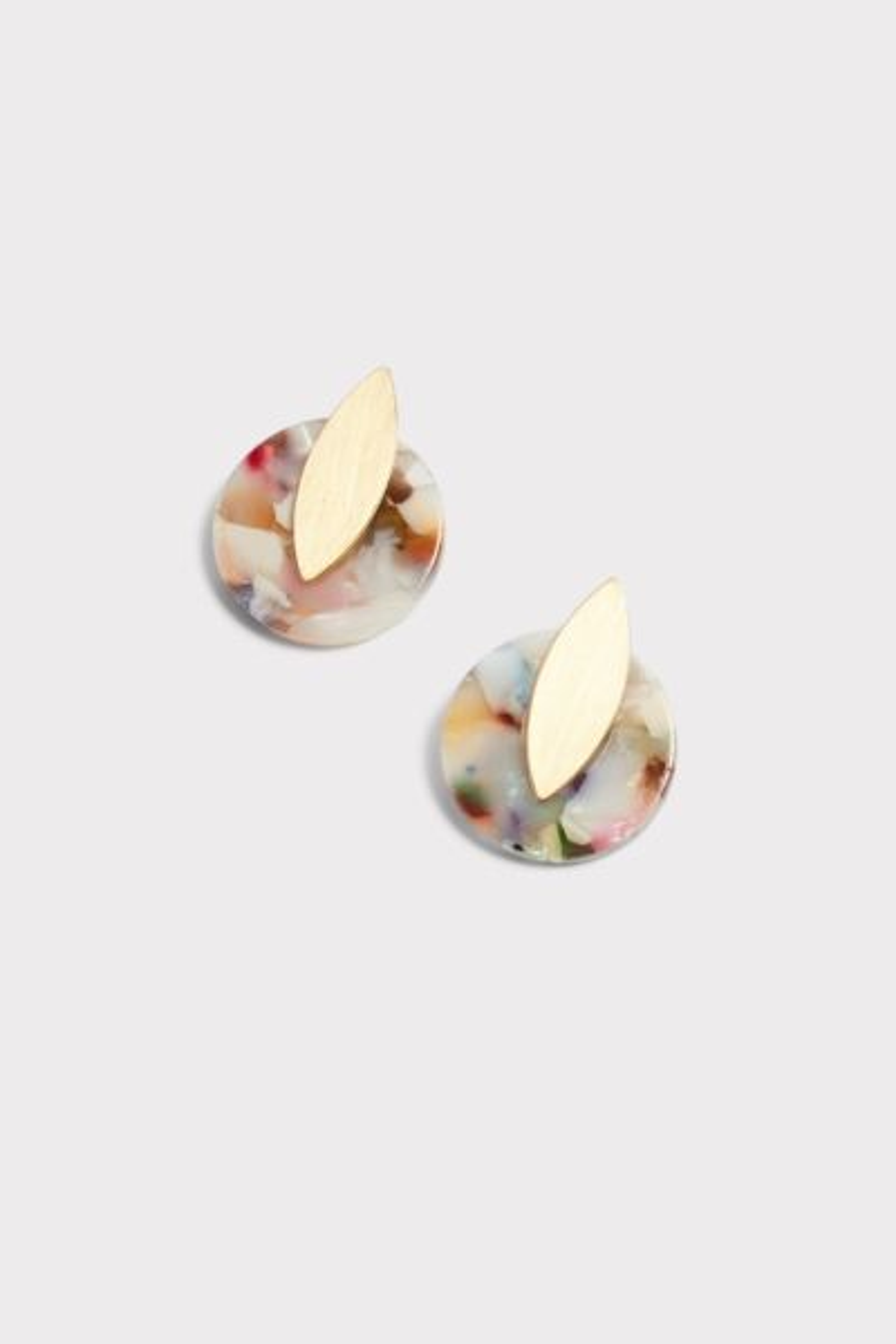 Evereve Emersyn Resin Stud Earrings