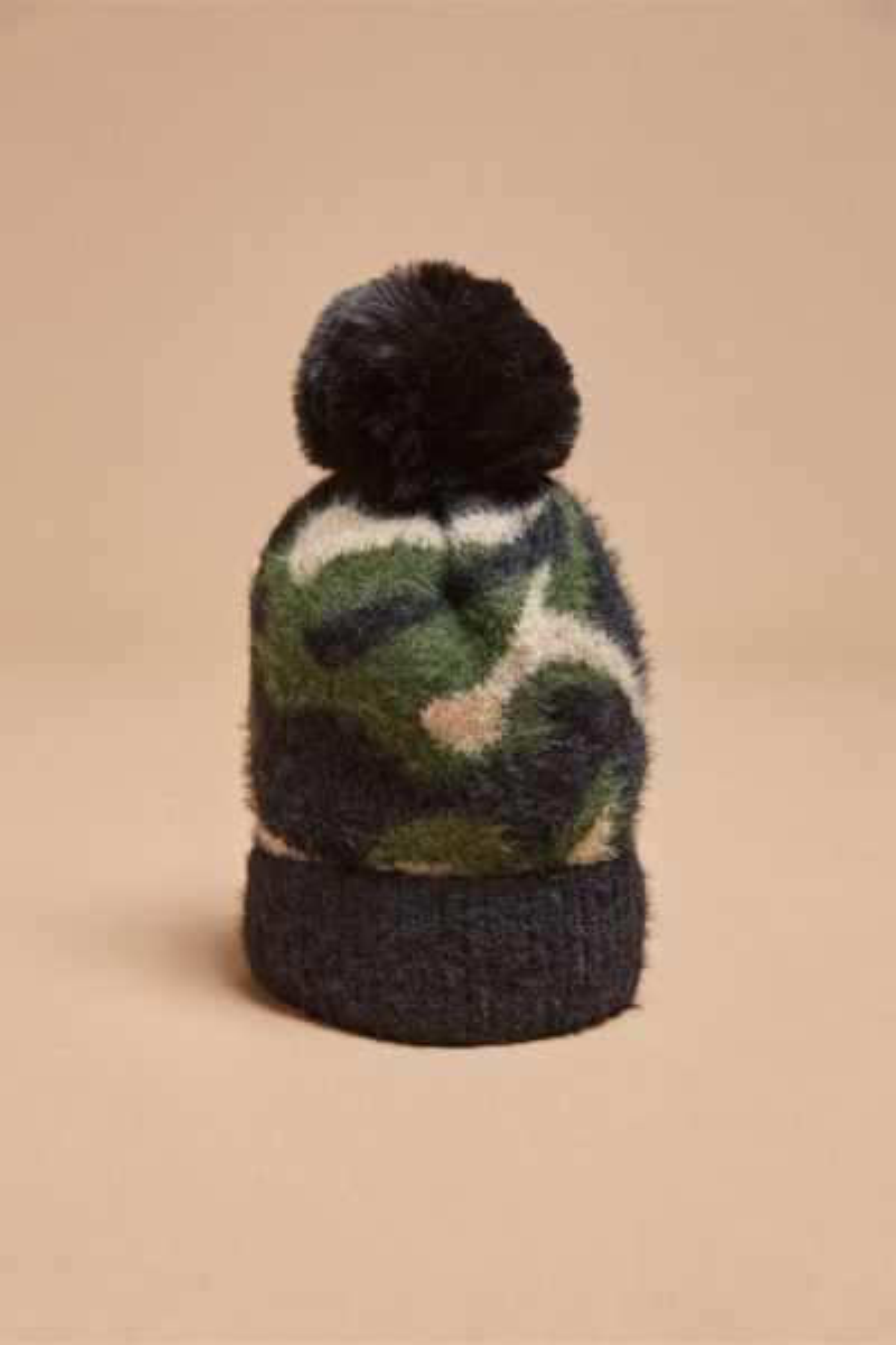 Harriet isles Camo Hat