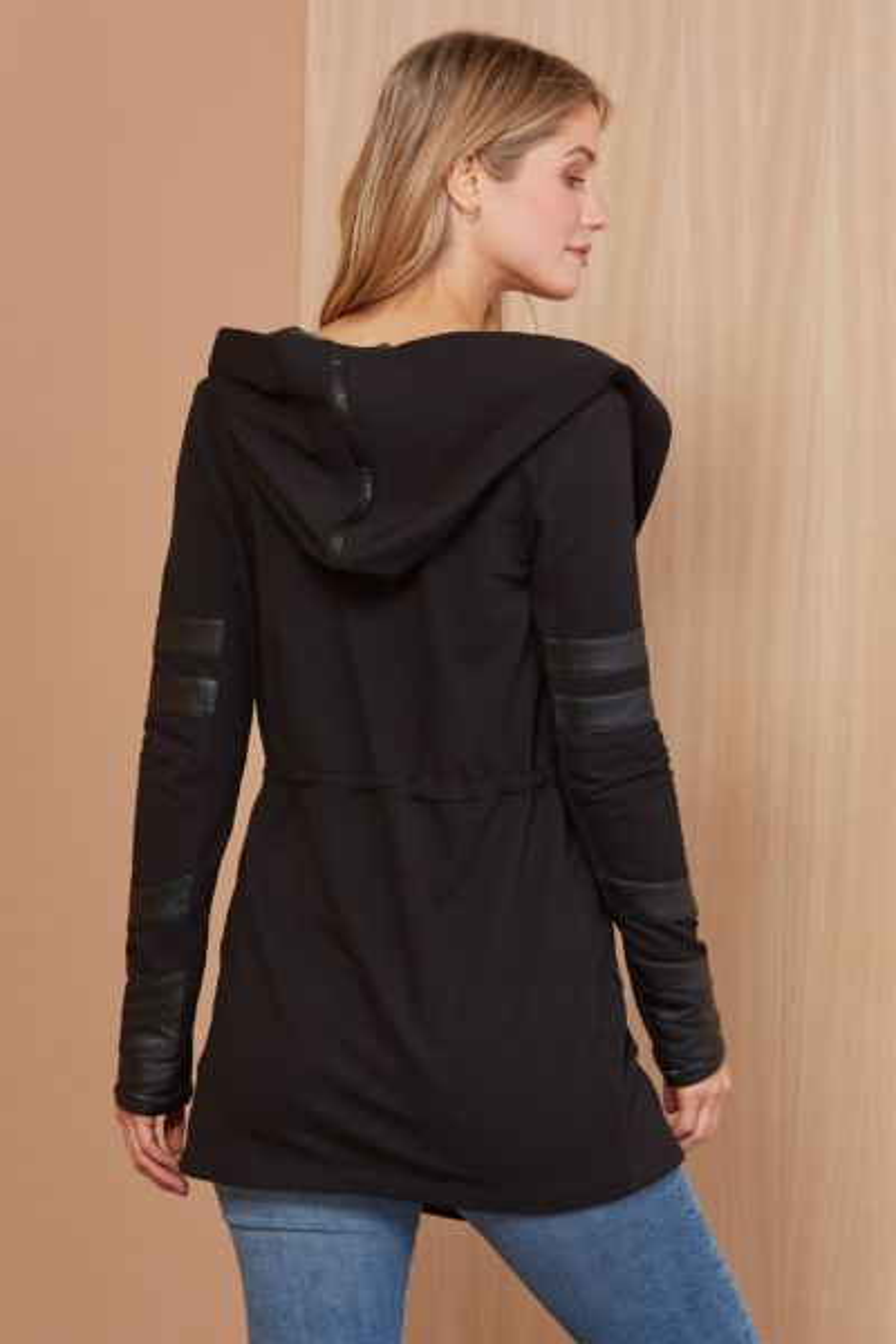 Blanc noir Maitri Traveler Jacket