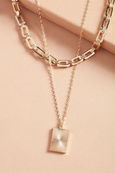 Thirty-nine 42 Milly Pendant Necklace