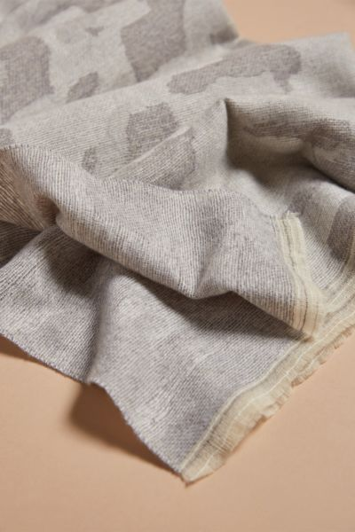 Harriet isles Alice Natural Camo Scarf