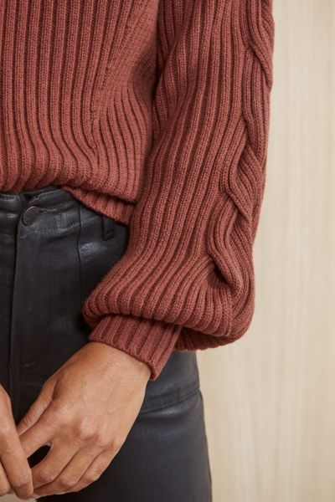 525 Cutout Neck Twist Sleeve Pullover