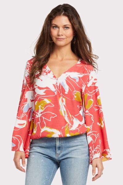 50259042c7a440 Shop Tops - EVEREVE - a contemporary fashion and styling company for ...