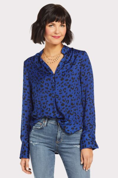 c9c86abbdb6 Shop Tops - EVEREVE - a contemporary fashion and styling company for ...