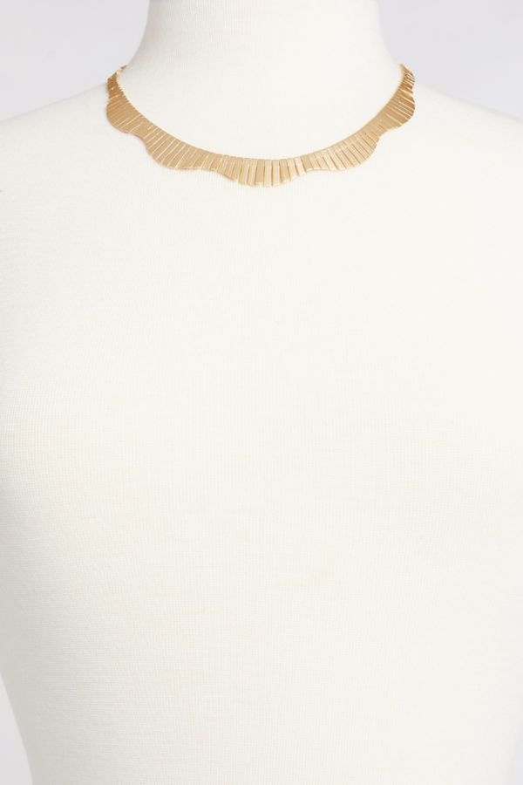 Thirty-nine 42 Elodie Collar Necklace
