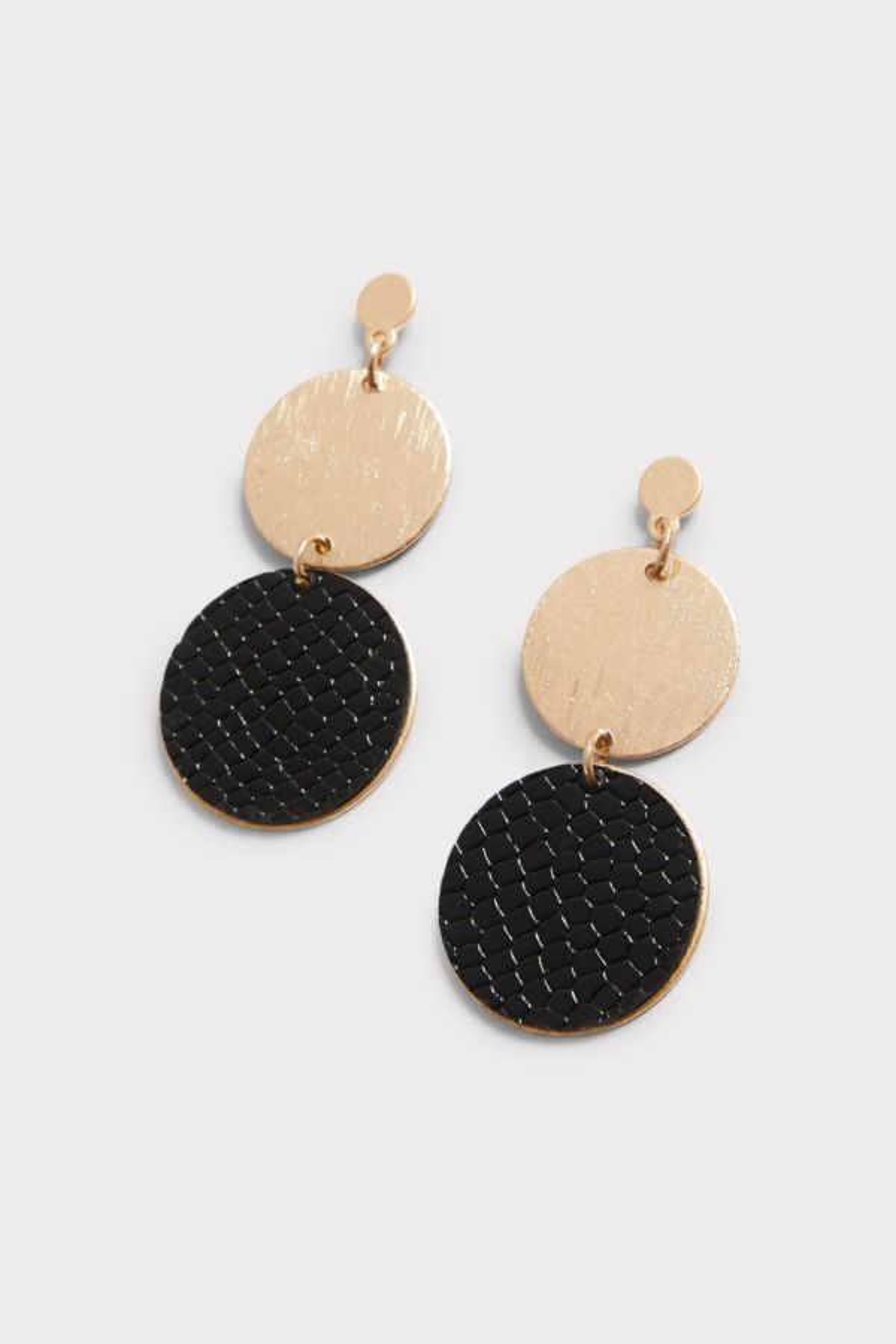 Thirty-nine 42 Nova Leather Circle Drop Earrings