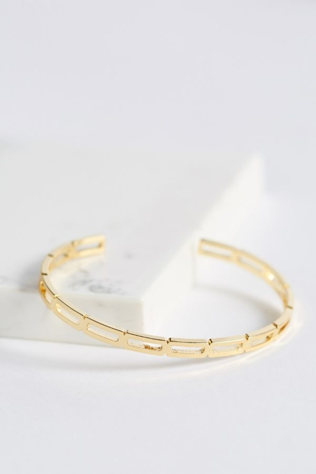 Thirty-nine 42 Porter Gold Chain Cuff Bracelet