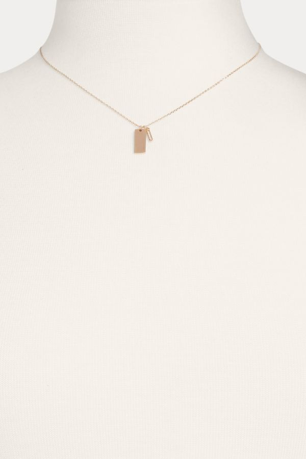 Thirty-nine 42 Tag Bar Necklace
