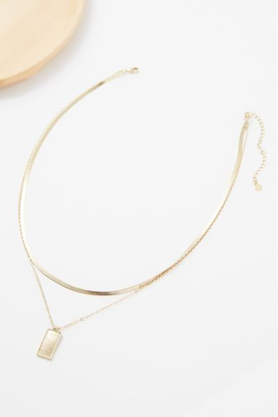 Claire Snake Chain Necklace