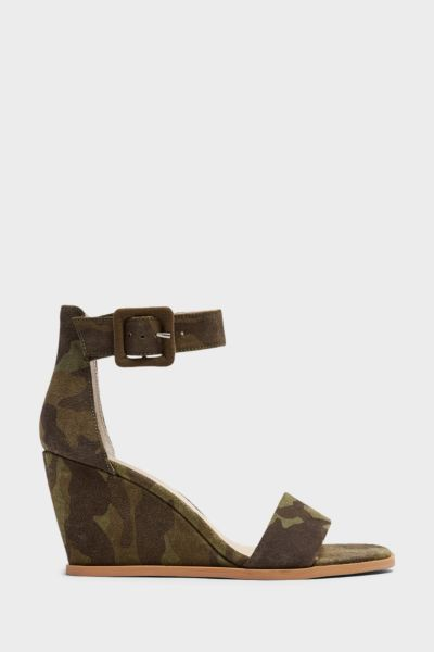 Seychelles Cloud Nine Camo Wedge