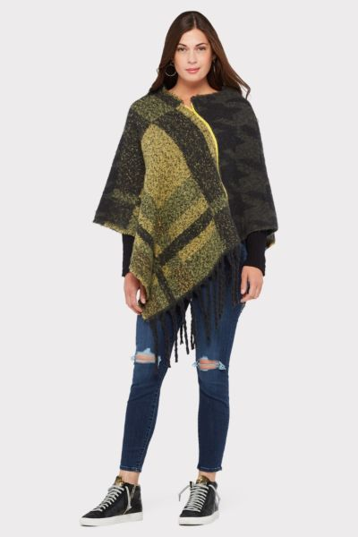 Do everything in love Gwen Plaid Poncho