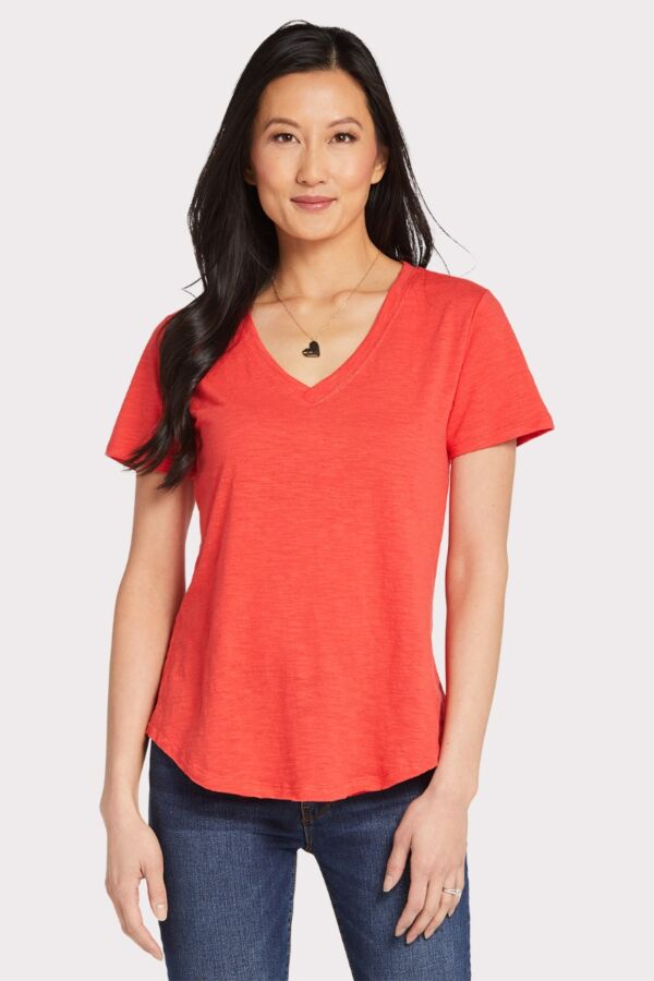 d774756d2b7 The Slub V Neck Tee.  PT191202E