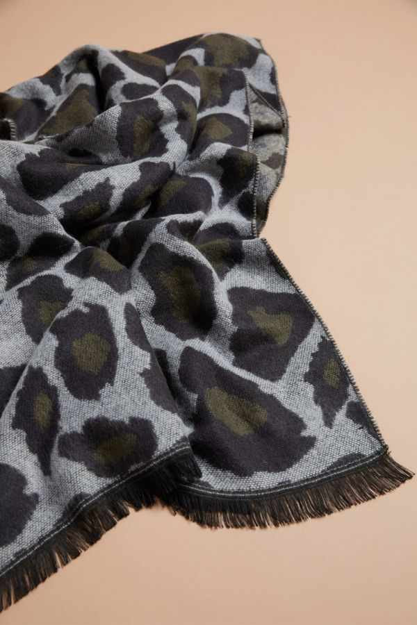 Harriet isles Nila Animal Scarf