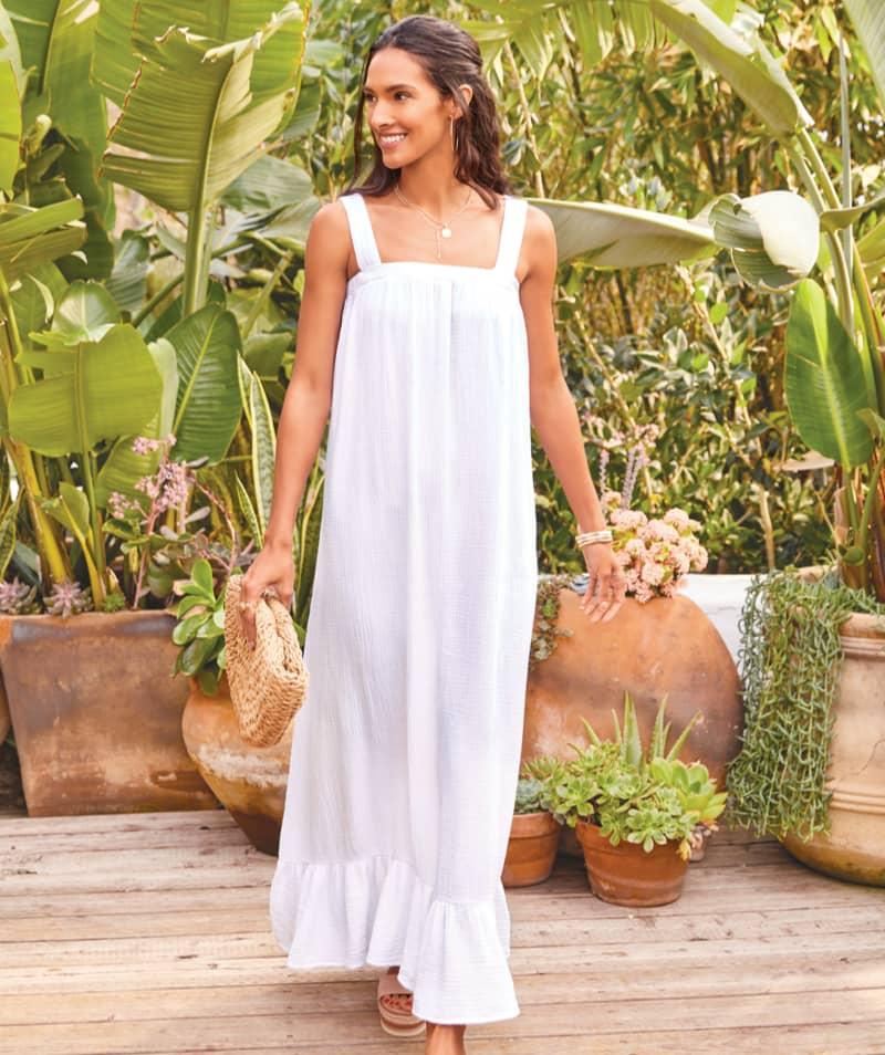 woman in white maxi dress – shop dresses